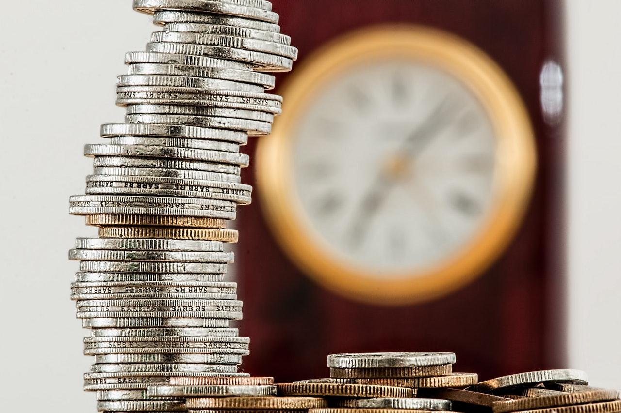 Investieren und Sparen  also wie man verdient  ohne sich beklauen zu lassen  …